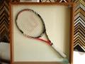 тенис ракета в рамка-'кутия'